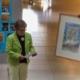Die 1. Vorsitzende von Save me Konstanz e.V. dankt Pfarrerin Holtzhausen im Rahmen des Gemeindefests für die Unterstützung in den letzten Jahren